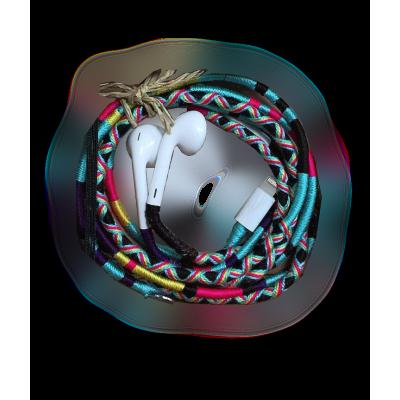 سماعات آيفون اصلية من أبل  مطرزة  (7/8/X)